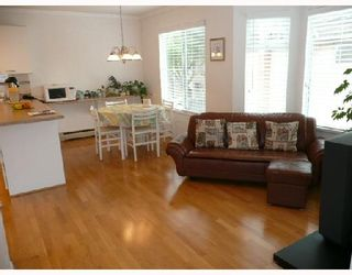Photo 4: 14 8120 GENERAL CURRIE Road in Richmond: Brighouse South Townhouse for sale : MLS®# V711088