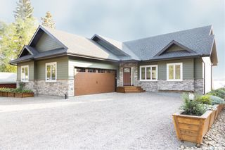 Photo 2: 223 Carwin Park Drive in Emma Lake: Residential for sale : MLS®# SK870177