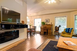 Photo 2: 1630 E 6th St in : CV Courtenay East House for sale (Comox Valley)  : MLS®# 861211