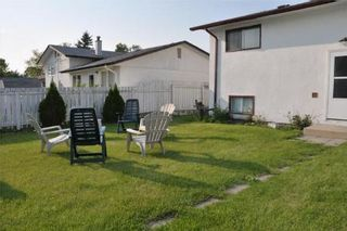 Photo 11: 278 MAPLEGLEN DR in Winnipeg: Residential for sale (Canada)  : MLS®# 1012767