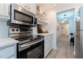 "Photo 8: 203 1467 MARTIN Street: White Rock Condo for sale in ""Searidge Court"" (South Surrey White Rock)  : MLS®# R2347342"