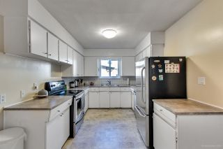 Photo 11: 3320 EDINBURGH Street in Port Coquitlam: Glenwood PQ 1/2 Duplex for sale : MLS®# R2317364