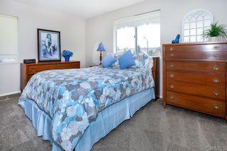 Photo 15: OCEANSIDE House for sale : 4 bedrooms : 4864 Glenhollow Cir