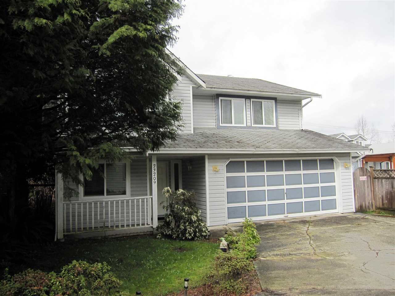 Photo 2: Photos: 23209 123 Avenue in Maple Ridge: East Central House for sale : MLS®# R2049127