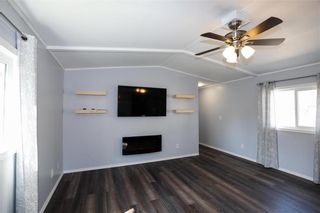 Photo 12: 14 Aspen One Drive in Steinbach: R16 Residential for sale : MLS®# 202112070