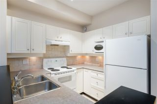 "Photo 16: 103 2628 YEW Street in Vancouver: Kitsilano Condo for sale in ""CONNAUGHT PLACE"" (Vancouver West)  : MLS®# R2514048"