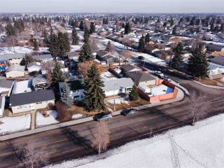 Photo 36: 11208 134 Avenue in Edmonton: Zone 01 House for sale : MLS®# E4231271