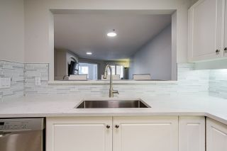 """Photo 6: 104 20125 55A Avenue in Langley: Langley City Condo for sale in """"Blackberry II"""" : MLS®# R2484759"""