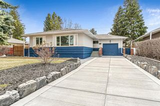 Main Photo: 31 Grafton Drive SW in Calgary: Glamorgan Detached for sale : MLS®# A1094152