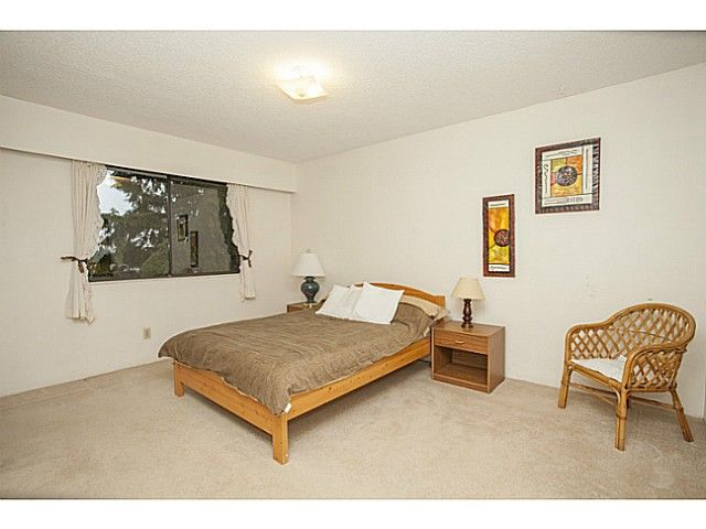 Photo 11: Photos: 1719 PETERS Road in North Vancouver: Lynn Valley House for sale : MLS®# V1105416