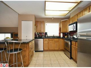 """Photo 2: 9280 154A Street in Surrey: Fleetwood Tynehead House for sale in """"BERKSHIRE PARK"""" : MLS®# F1007841"""