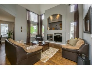 """Photo 2: 20148 70 Avenue in Langley: Willoughby Heights House for sale in """"JEFFRIES BROOK BY MORNINGSTAR"""" : MLS®# R2061468"""