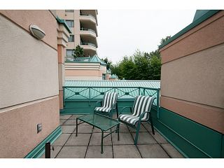 Photo 10: 356 TAYLOR WY in West Vancouver: Park Royal Condo for sale : MLS®# V1073240