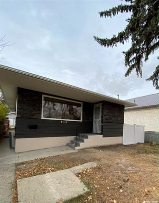 Main Photo: 946 Broder Street in Regina: Eastview RG Residential for sale : MLS®# SK830447