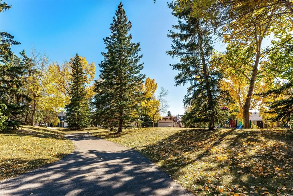Photo 48: Photos: 84 WOODBROOK Close SW in Calgary: Woodbine Detached for sale : MLS®# A1037845