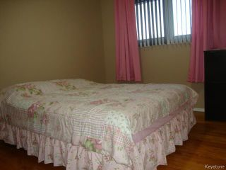 Photo 9: 35 Madrigal Close in WINNIPEG: Maples / Tyndall Park Residential for sale (North West Winnipeg)  : MLS®# 1508087