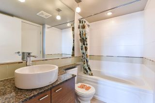 Photo 15: 406 7445 120 Street in Delta: Scottsdale Condo for sale (N. Delta)  : MLS®# R2347728