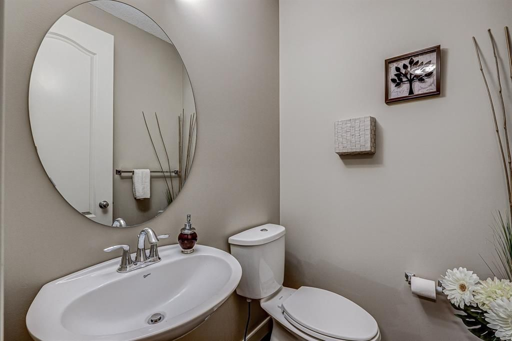 Photo 38: Photos: 200 EVERBROOK Drive SW in Calgary: Evergreen Detached for sale : MLS®# A1102109