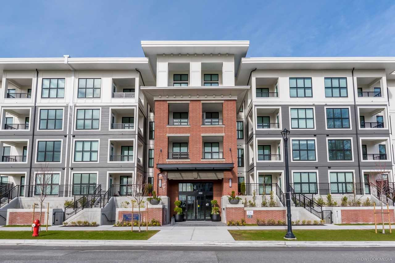 Main Photo: 409 9551 ALEXANDRA Road in Richmond: West Cambie Condo for sale : MLS®# R2461828