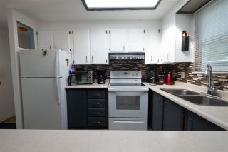 Photo 13: 64 7790 KING GEORGE Boulevard in Surrey: King George Corridor Manufactured Home for sale (South Surrey White Rock)  : MLS®# R2558135