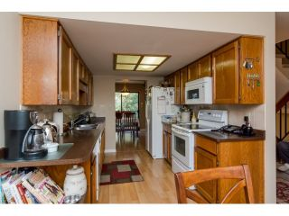 """Photo 6: 28 2962 NELSON Place in Abbotsford: Central Abbotsford Townhouse for sale in """"WILLBAND CREEK"""" : MLS®# R2016957"""