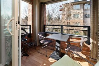 """Photo 12: 203 3097 LINCOLN Avenue in Coquitlam: New Horizons Condo for sale in """"LARKIN HOUSE"""" : MLS®# R2439303"""
