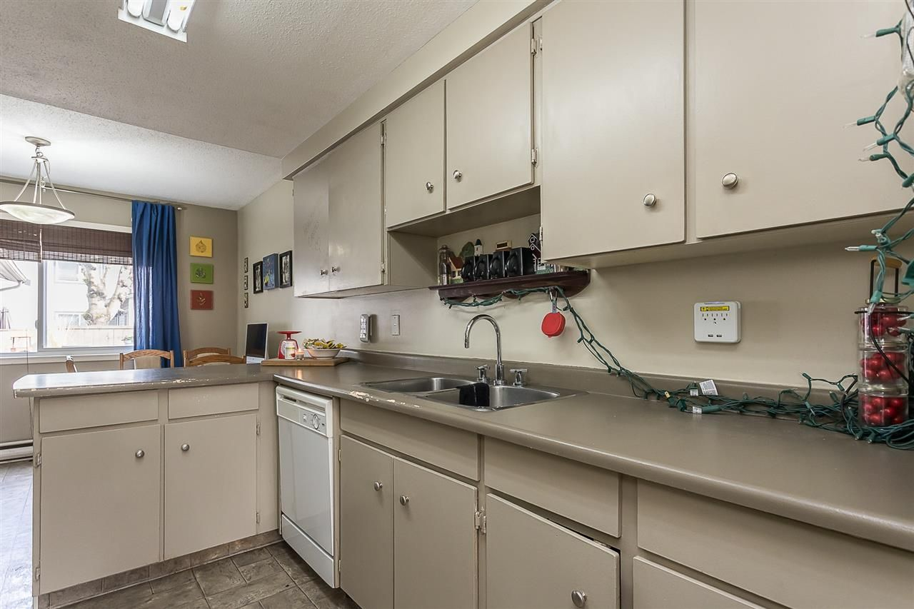 """Photo 10: Photos: 51 46689 FIRST Avenue in Chilliwack: Chilliwack E Young-Yale Townhouse for sale in """"Mount Baker Estates"""" : MLS®# R2552710"""