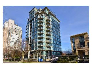 """Photo 1: 1001 1889 ALBERNI Street in Vancouver: West End VW Condo for sale in """"THE LORD STANLEY"""" (Vancouver West)  : MLS®# R2620894"""