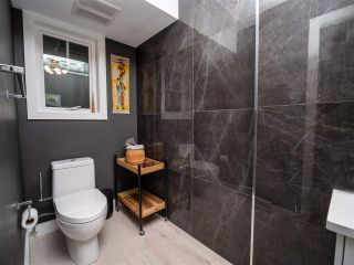 Photo 12: 2496 ST. CATHERINES STREET in Vancouver: Mount Pleasant VE Townhouse for sale (Vancouver East)  : MLS®# R2452181
