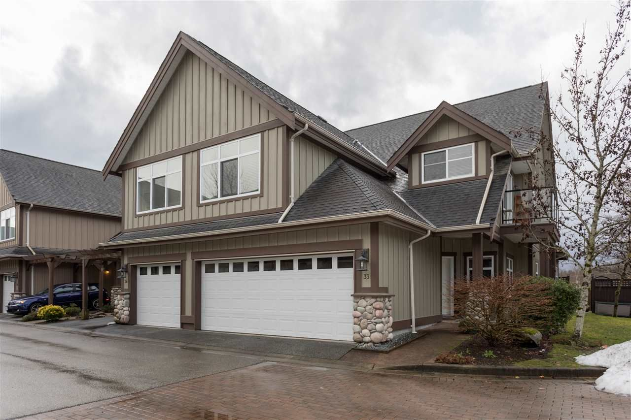 "Main Photo: 33 40750 TANTALUS Road in Squamish: Tantalus 1/2 Duplex for sale in ""Meighan Creek"" : MLS®# R2233912"