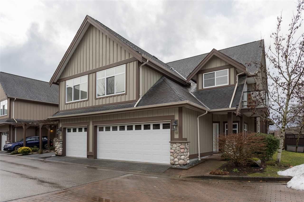"Main Photo: 33 40750 TANTALUS Road in Squamish: Tantalus 1/2 Duplex for sale in ""Meighan Creek"" : MLS®# R2233912"
