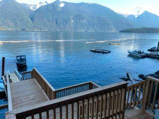 Photo 3: D SEAL Bay in Pitt Meadows: North Meadows PI House for sale : MLS®# R2571100