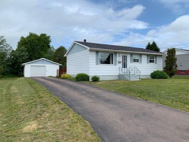 Main Photo: 49 Winston Avenue in Amherst: 101-Amherst,Brookdale,Warren Residential for sale (Northern Region)  : MLS®# 202116056