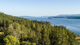 Photo 2: 230 Smith Rd in : GI Salt Spring House for sale (Gulf Islands)  : MLS®# 851563