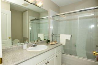 """Photo 12: 34 30857 SANDPIPER Drive in Abbotsford: Abbotsford West Townhouse for sale in """"Blue Jay Hills"""" : MLS®# R2504223"""