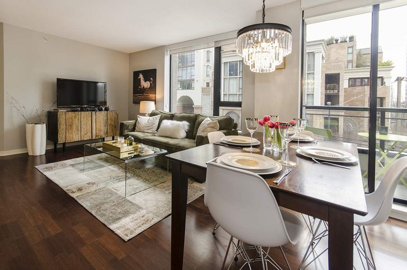 FEATURED LISTING: 309 - 1295 RICHARDS Street Vancouver