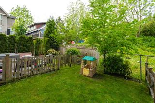 "Photo 37: 26 33313 GEORGE FERGUSON Way in Abbotsford: Central Abbotsford Townhouse for sale in ""Cedar Lane"" : MLS®# R2462809"