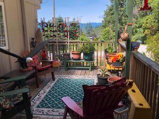 "Photo 5: 11 12248 SUNSHINE COAST Highway in Madeira Park: Pender Harbour Egmont Manufactured Home for sale in ""7 ISLES MOBILE HOME PARK"" (Sunshine Coast)  : MLS®# R2621280"