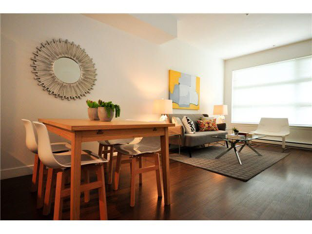 """Photo 4: Photos: 207 5568 KINGS Road in Vancouver: University VW Townhouse for sale in """"GALLERIA"""" (Vancouver West)  : MLS®# V1087874"""