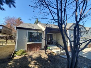 Photo 43: 15 Coach Side Terrace SW in Calgary: Coach Hill Row/Townhouse for sale : MLS®# A1071978
