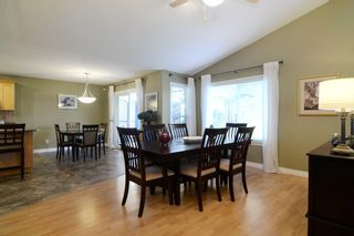 Photo 4: 23742 116 Avenue in Maple Ridge: Cottonwood MR House for sale : MLS®# R2108075