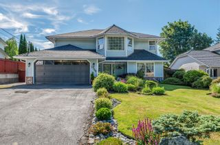 Photo 1: 2756 Apple Dr in : CR Willow Point House for sale (Campbell River)  : MLS®# 879370