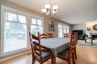 Photo 4: 1113 WALLACE Court in Coquitlam: Ranch Park House for sale : MLS®# R2403243
