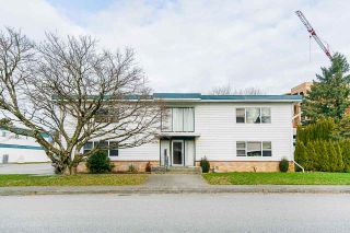 Photo 3: 46209 MAPLE Avenue in Chilliwack: Chilliwack E Young-Yale Fourplex for sale : MLS®# R2536088