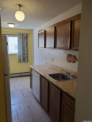 Photo 8: 301 720 8th Street East in Saskatoon: Haultain Residential for sale : MLS®# SK872077