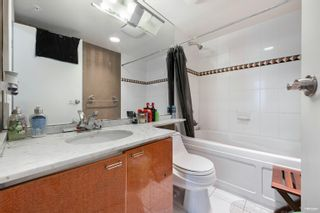 """Photo 18: 1301 1288 ALBERNI Street in Vancouver: West End VW Condo for sale in """"Palisades"""" (Vancouver West)  : MLS®# R2614069"""