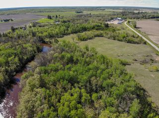 Photo 1: 46098 Whitemouth River Road East in Hadashville: R18 Residential for sale : MLS®# 202113243