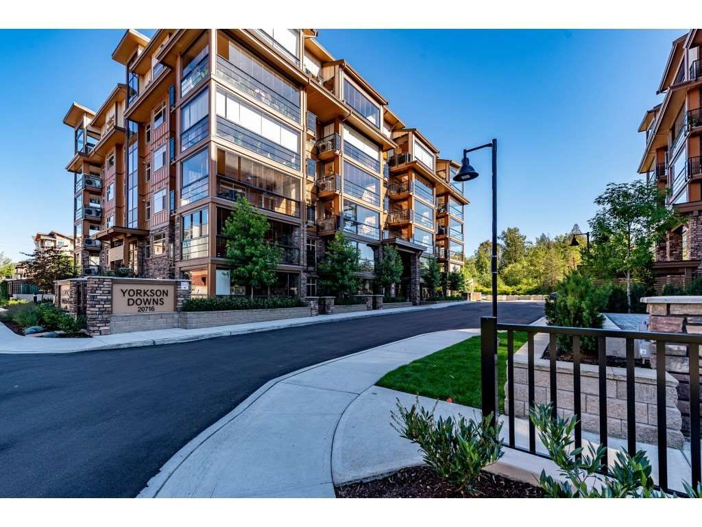 """Photo 3: Photos: A110 20716 WILLOUGHBY TOWN CENTRE Drive in Langley: Willoughby Heights Condo for sale in """"Yorkson Downs"""" : MLS®# R2491391"""