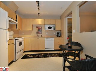 """Photo 2: 105 10186 155TH Street in Surrey: Guildford Condo for sale in """"SOMMERSET"""" (North Surrey)  : MLS®# F1210204"""
