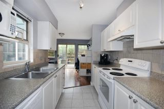 Photo 9: 73 65 FOXWOOD Drive in Port Moody: Heritage Mountain Townhouse for sale : MLS®# R2058277